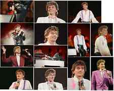 25 Barry Manilow colour concert photographs - Wembley 6th January 1986