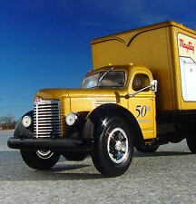 LAST - 1949 International KB8 MAYTAG 50th ANNIV. TRUCK with WASHER - First Gear