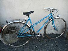 vélo de femme ancien vintage marque TALBOT couleur bleu.