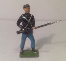 Britains Union Infantry Soldier, Standing At The Ready (my Ref Gr 767)