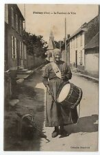 FROISSY oise CPA 60 Le tambour de ville Femme tambour Appariteur