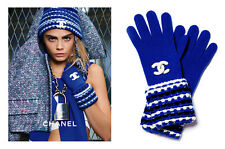 NIB FABULOUS MOST WANTED CHANEL BLUE WHITE BLACK CASHMERE CC LOGO GLOVES