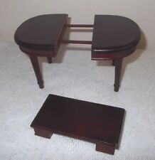 A Dolls House Furniture Extending Table