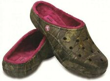 CROCS Freesail Lined Realtree Xtra Womens 9 - Mens 7  Lined House Shoe Comfort
