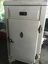 1932-40 Sparks Withington Refrigerator Vintage Antique