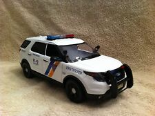 1/18 SCALE NEW JERSEY STATE POLICE K9 UNIT FD SUV UT W/WORKING LIGHTS AND SIREN