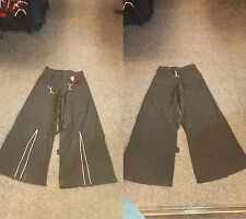 BNWT Black/White Pinstriped Zip/Bondage Straps Trousers Goth/Punk/Steampunk W32