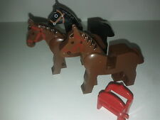 lot Minifig lego castle chevaux + 1 selle -lego chevalier / city /western cheval