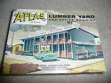 NEW 1:87 HO SCALE Atlas Lumber Yard - Kit #750  (EA-0-7005) - RARE