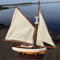 New CLASSIC MODEL OF A TRADITIONAL YACHT - Nautical Sailing Fathers Day Gift