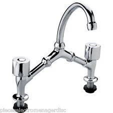 Robinet Melangeur lavabo / évier 2 trous tête à clapet entraxe 150/240 mm