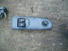 99 VAUXHALL SINTRA O/S DRIVERSIDE FRONT ELECTRIC WINDOW SWITCH