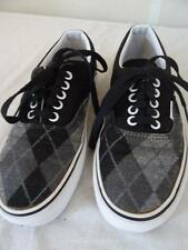 VANS 'Off The Wall' laced canvas shoe Black/Grey US 7/UK 6.5 /Eur 39       250 P