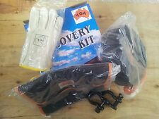 4x4 4WD RECOVERY KIT WITH 2 x SHACKLES, SNATCH STRAP, GLOVES AND BAG