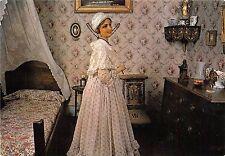 B53435 Musee agathois La chambre de la jeune fille france