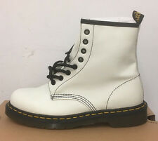 DR. MARTENS 1460 WINTER WHITE SOFTY T   LEATHER  BOOTS SIZE UK 9