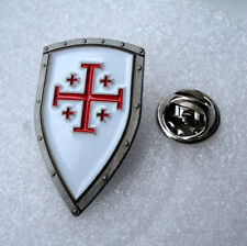 ZP413b Knights Templar Shield Crusader Cross Pin Badge Kings of Jerusalem
