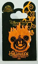 "DISNEY Parks Flaming Pumpkin Halloween 1.5"" Orange Glitter Tone PIN MINT Mickey"