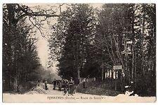 CPA 25 - FERRIERES (Doubs) - Route de Saint Vit (petite animation)