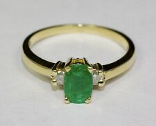 10k Yellow Gold Green Oval Emerald And White Diamond .94ct 3 Stone Ring Size 7