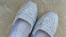 WHITE  LADIES INDIAN LEATHER BACKLESS/SLIPPER/WEDDING MULES SIZE 5
