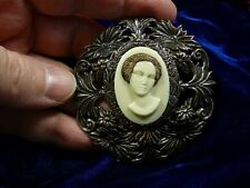 (CA1-8) RARE African American LADY ivory pine resin CAMEO Pin Pendant JEWELRY