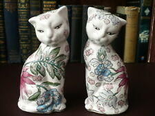 A Pair Of Vintage Chinese Porcelain Cat Figurines - Chinese Cats - Cats
