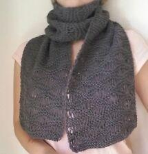 sciarpa invernale fatta a mano ai ferri, grigia