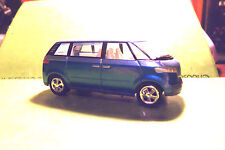 Johnny Lightning JL Two Tone Blue VW Volkswagon Minivan 2003 JL Playing Mantis