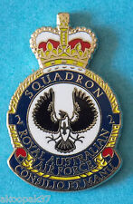 2 SQUADRON RAAF  LAPEL BADGE ENAMEL & GOLD PLATED 25MM HIGH
