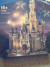 LEGO 71040 della Disney Castle & Set di 18 DISNEY collectible minifiguresin caso