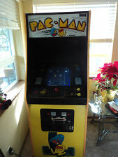 PACMAN ARCADE VIDEO GAME 25.CENTS,ORIGINAL 1980 GAME  WORKS GREAT! $699.99 FIRM