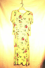 Molly Malloy two-piece pale yellow dress with floral pattern, size 8 petite