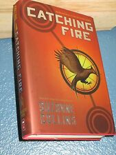 Catching Fire by Suzanne Collins HC/DJ *FREE SHIPPING* HUNGER GAMES 0439023491