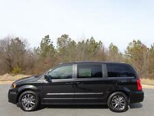 Chrysler : Town & Country S EDITION
