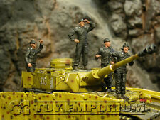 Custom Built & Weathered 1:35 Deluxe WWII German SS Panzer Crew Soldier Set (4)