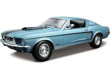 Maisto 1968 Ford Mustang Cobra Jet 1:18 Diecast Model Car Light Blue