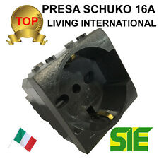 Bticino PRESA SCHUKO BIPASSO LIVING LIGHT INTERNATIONAL 16A