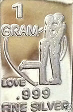 "1 Gram Pure .999 Fine Silver ""Love - Couple Kissing"" Bar Round Coin NM New 2016"