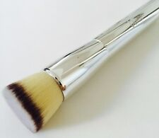 It Cosmetics Ulta Heavenly Luxe Airbrush Buffing Foundation Brush