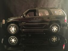 1/18 Welly GMC Yukon Denali Police SUV