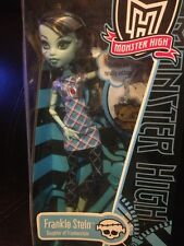 Monster High~~FRANKIE STEIN with Pet WATZIT Rare 2011 No Longer Sold
