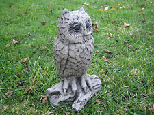Owl q stone garden ornament | Many more ornaments in my shop!