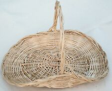 WICKER TRUG DISPLAY/FLORAL BASKET.X Large-42 x 34cms