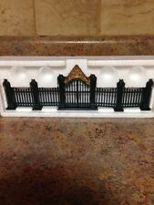 DEPARTMENT 56 VILLAGE WROUGHT IRON GATE AND FENCE COLLECTIBLE FIGURINE 56.55140