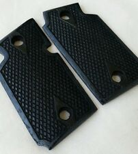 Walnut Wood Grips - Classic Checkering, Stained Black - Will fit Sig Sauer P938