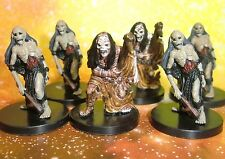 Dungeons & Dragons Miniatures Lot  Zombie Food Scouting Party !!  s108