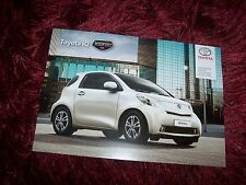 Catalogue / Brochure TOYOTA IQ Iconic 2013 / 2014 //