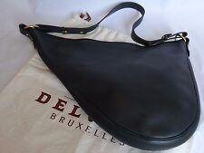 DELVAUX - sac crosse en cuir vert foncé grainé. Modèle TENTATION GM + dusty bag