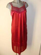 Süßes Negligee Nachthemd Satin Glanz rot mit Stick Verzierung Gr 48 und 50